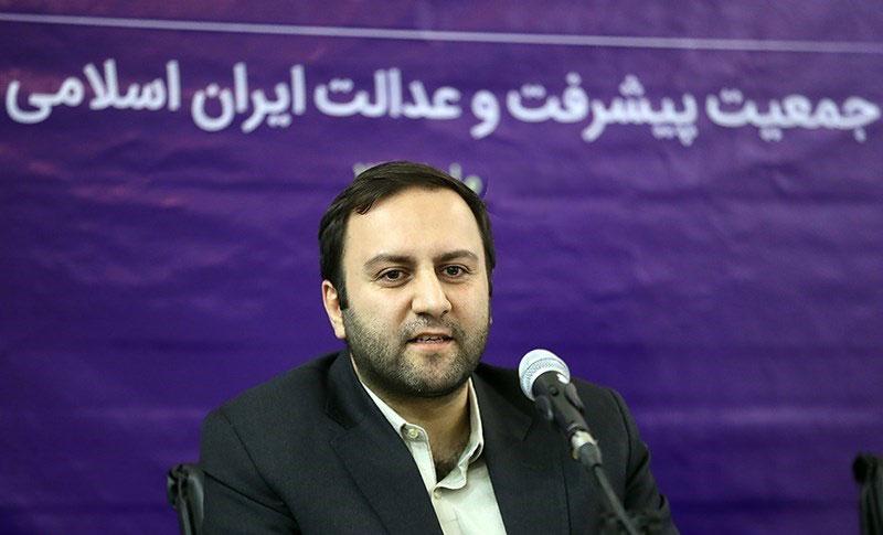 محسن پیرهادی: تیم اقتصادی دولت، نسخه تمامعیار اصلاحات است
